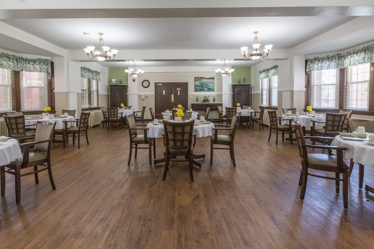 Restaurant-style Dining Services
